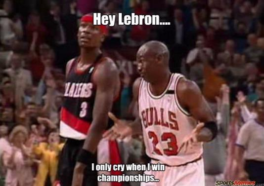 MJ trols bron