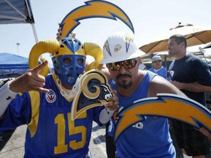 Battle of LA fans